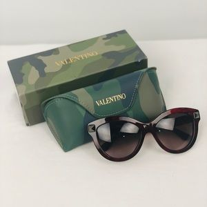 VALENTINO GARAVANI NWT cat eye rock stud glasses